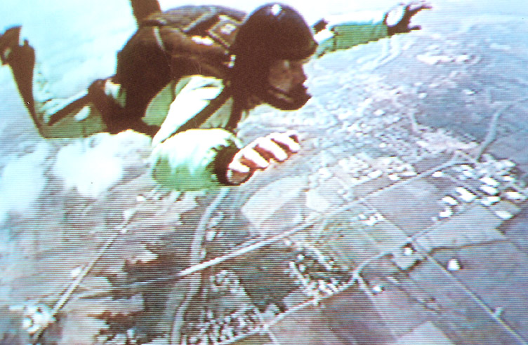 2000-SkyDiving-09