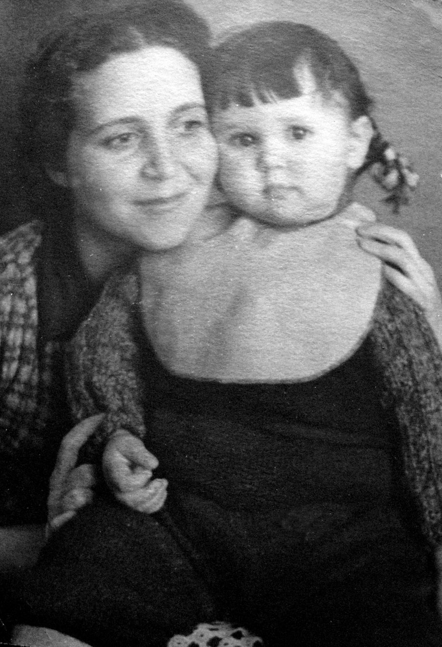 ELENA-TANYA-1940-s-04