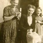 ELENA-TANYA-1940-s-09