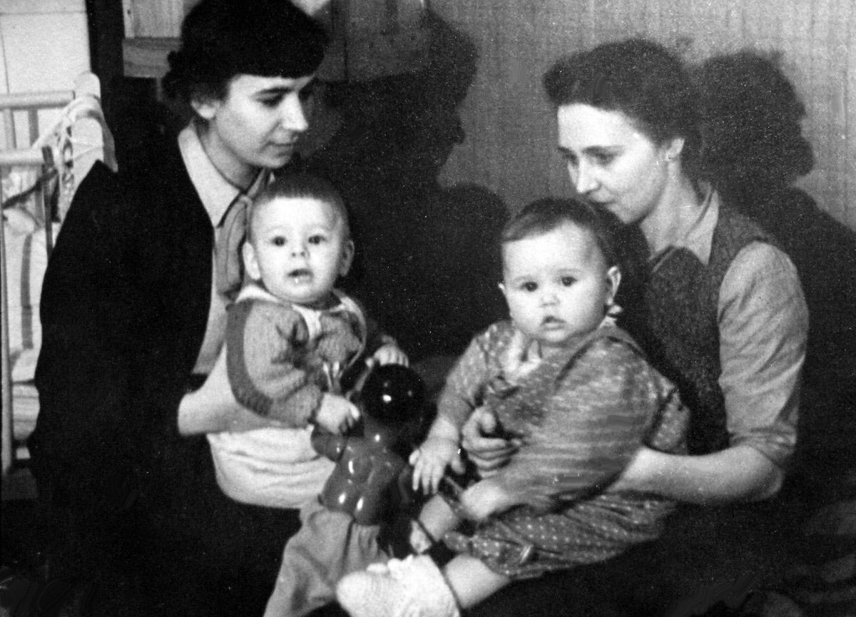 ELENA-TANYA-1940-s-14