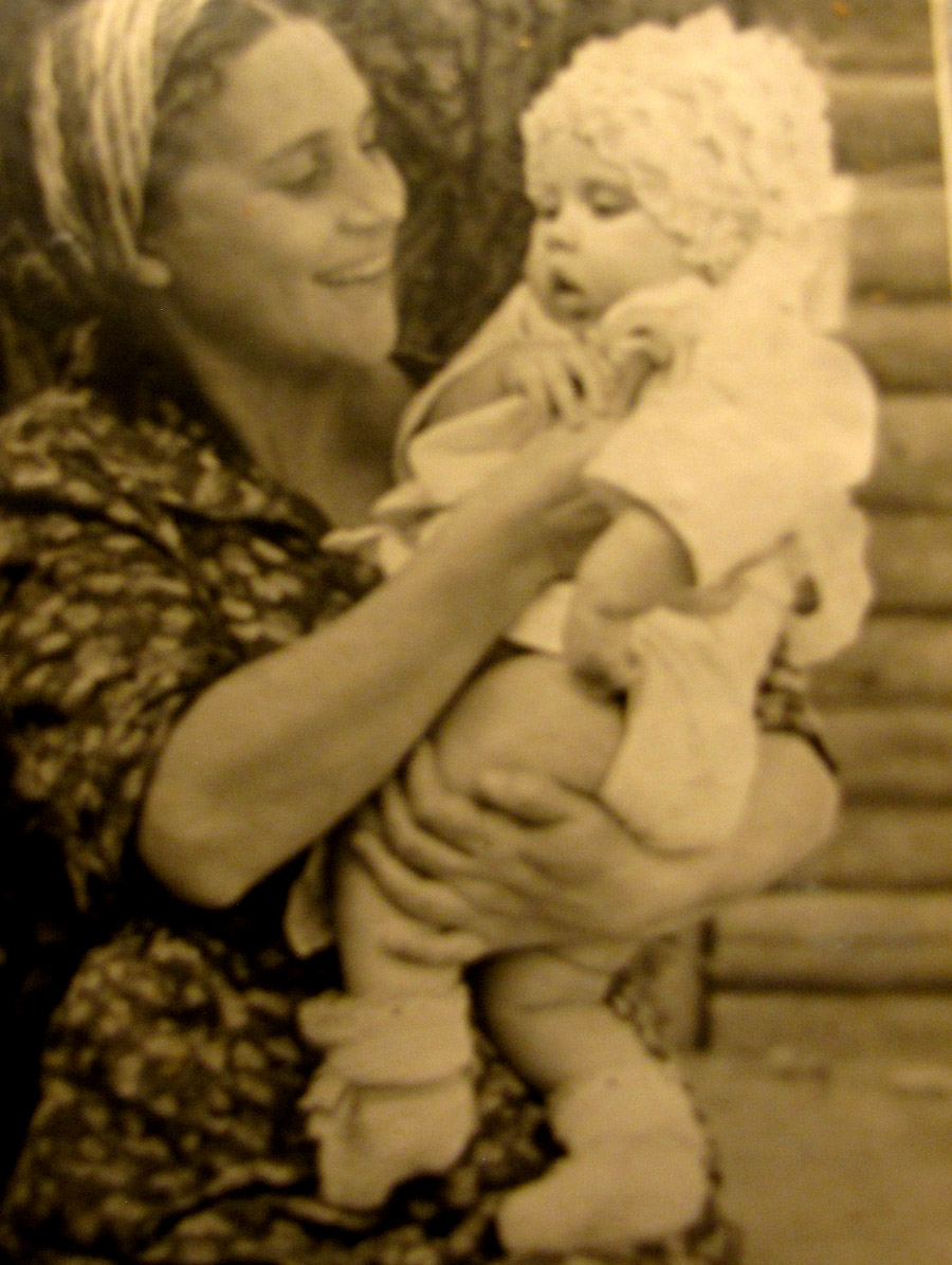 TANYA-1940-s-22