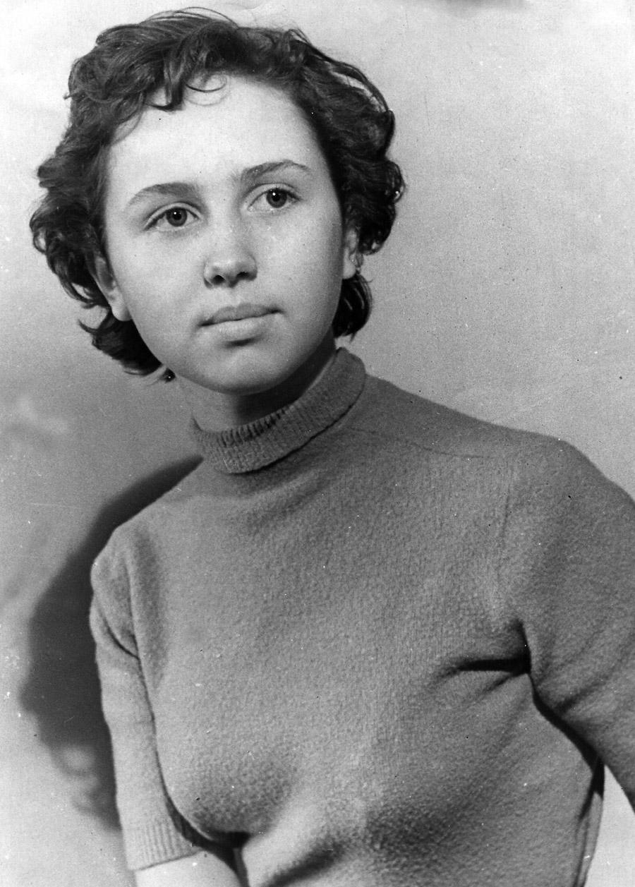 TANYA-1950-s-18