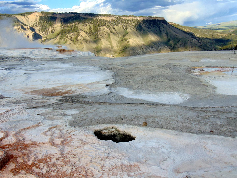 ALEX-Yellowstone-06a