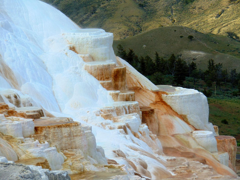 ALEX-Yellowstone-06b