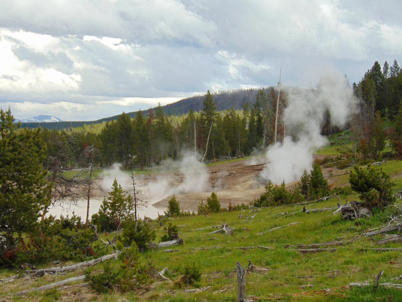 ALEX-Yellowstone-08a
