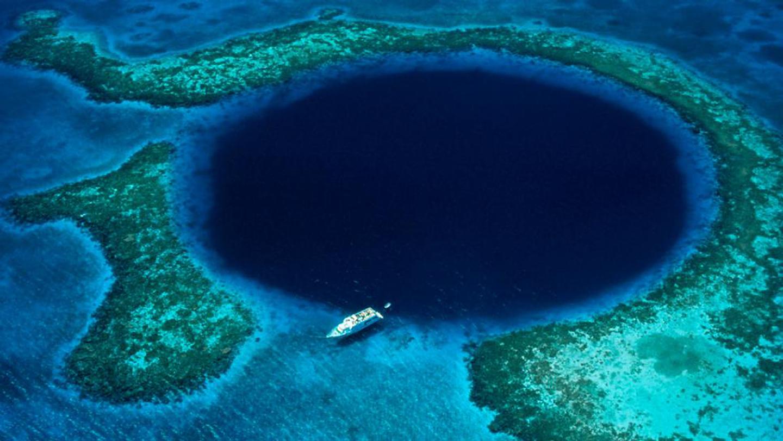 Blue Hole Pict-01